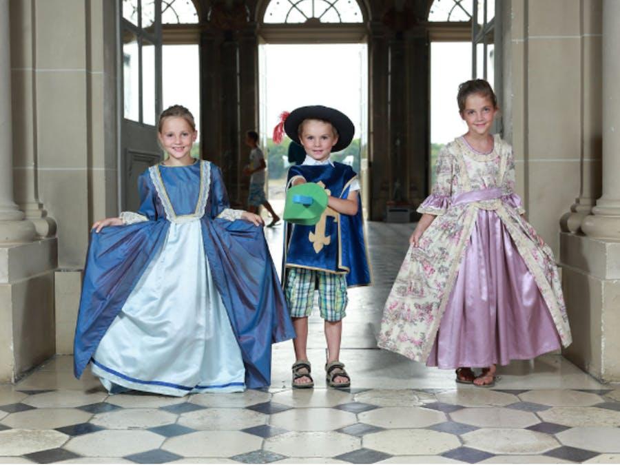 3 enfants déguisés