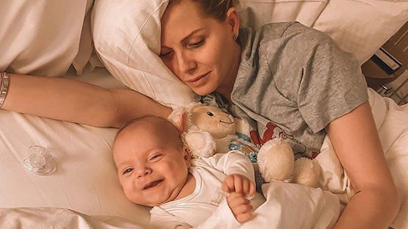 Jessica Thivenin : son bébé encore hospitalisé, elle veut rester positive malgré tout