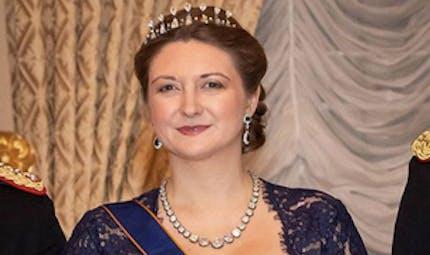 Grossesse : la princesse Stéphanie de Luxembourg fait sa première apparition en public enceinte