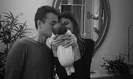 Alexandra Rosenfeld : à deux semaines, sa fille fait ses nuits