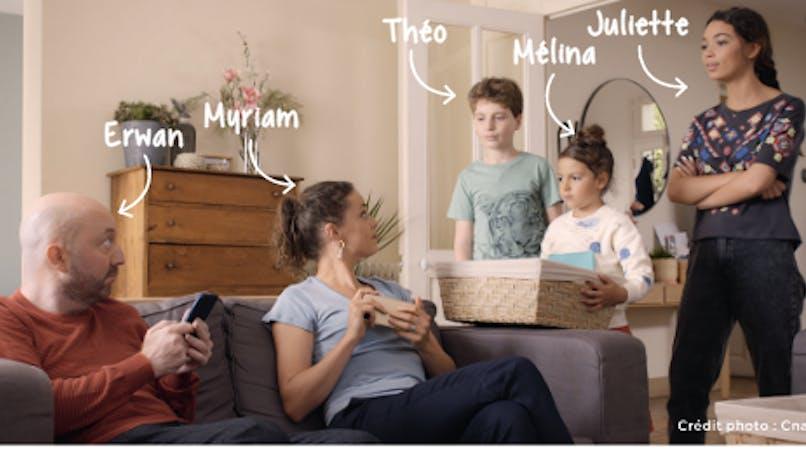 La Famille Tout écran : une série qui sensible les parents à un usage maîtrisé du numérique
