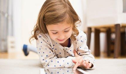 Une trop grande exposition aux écrans chez les tout-petits favorise la sédentarité à 5 ans