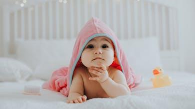 Protéger la peau de bébé tout en respectant la planète, c'est possible ! On vous dit comment.