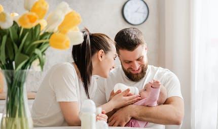 Les différents laits infantiles et produits laitiers pour bébé selon son âge