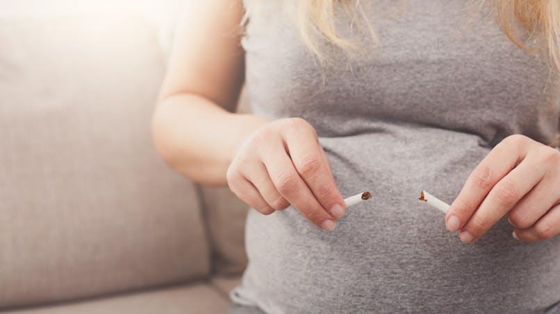 Arrêter de fumer pendant le premier trimestre de la grossesse met toujours le bébé en danger