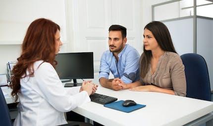 PMA, FIV et coronavirus : les recommandations officielles des gynécologues