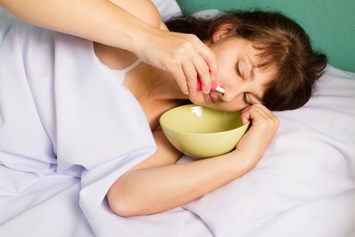 Coronavirus : pourquoi le lavage de nez est déconseillé | PARENTS.fr