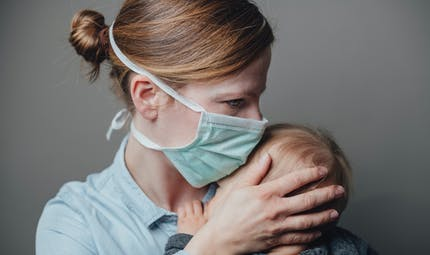 Covid-19 : mamans et soignantes, elles nous racontent leur quotidien