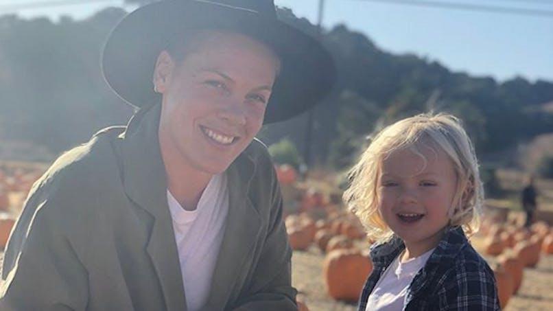 Pink et son fils de 3 ans contaminés au coronavirus : « Ça fait vraiment peur »