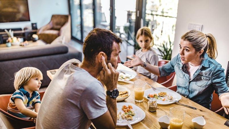 Confinement : quels sont les motifs de disputes des couples ?