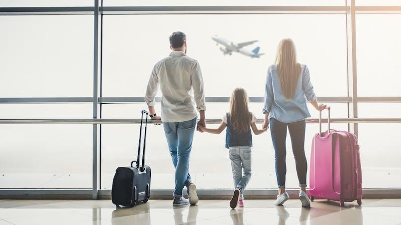 Vacances d'été : le gouvernement conseille d'attendre avant de faire des plans
