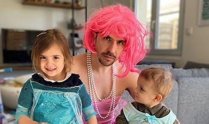 Un papa fait rire le monde entier avec les vidéos de sa famille confinée à Bordeaux