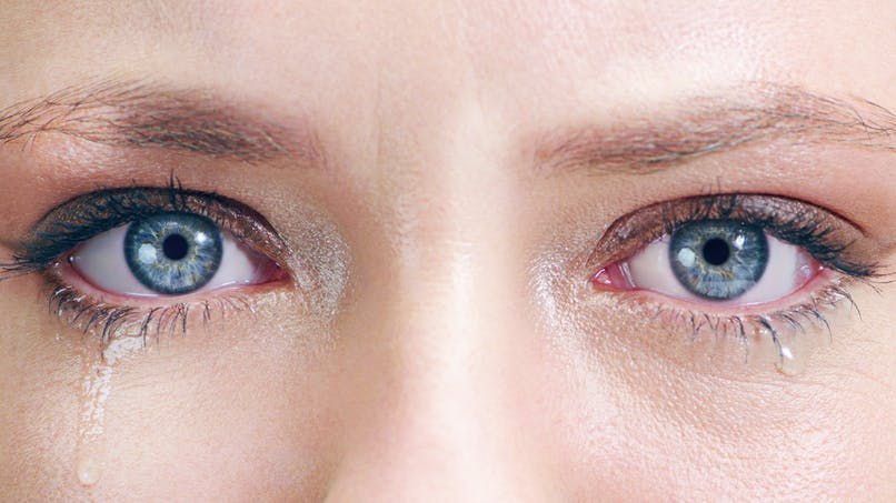 Coronavirus : les larmes aussi sont contagieuses