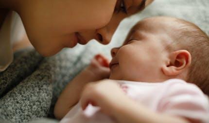 Post-accouchement et Coronavirus : les recommandations de la Haute Autorité de Santé