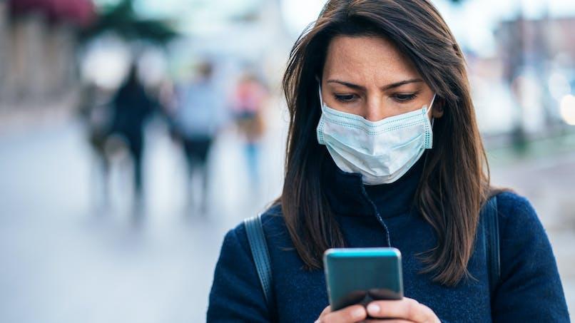 Pourquoi faut-il nettoyer son smartphone quotidiennement en période de pandémie
