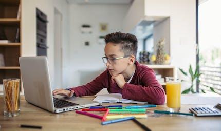 Ecole à distance : les parents en sont-ils satisfaits?