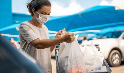 Port du masque : les précautions à prendre quand il fait chaud
