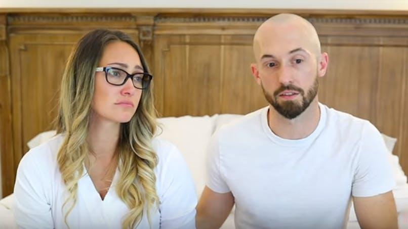 Une Youtubeuse fait scandale en abandonnant son fils autiste, 3 ans après son adoption
