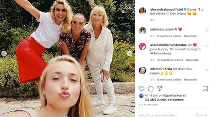 Karine Le Marchand, Carla Bruni, Marion Cotillard... la Fête des mères chez les people