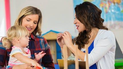 La langue des signes avec bébé : c'est tendance !