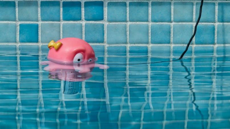 Rappel de thermomètres de piscine pour risque de strangulation