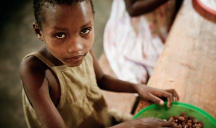 La malnutrition chez les enfants aggravée par la pandémie de coronavirus