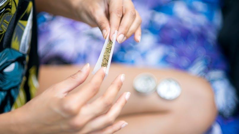 Cannabis: l'usage précoce est plus néfaste pour le cerveau des filles