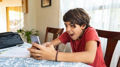 TikTok : des parents malveillants s'amusent à piéger leurs enfants d'une façon peu respectueuse