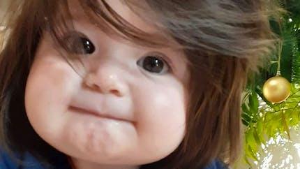 Découvrez l'incroyable chevelure de cette petite fille surnommée Raiponce