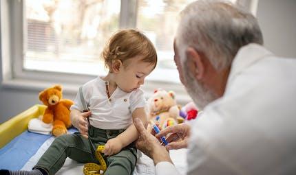 Grippe : voici pourquoi la vaccination des enfants est cruciale cette année