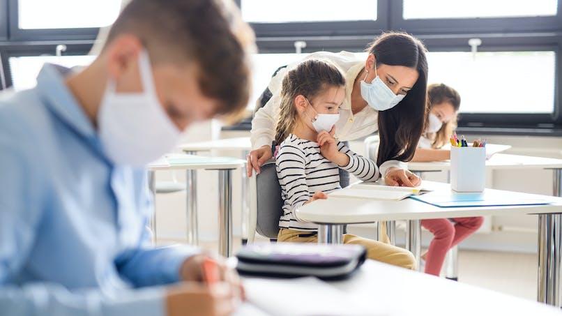 Un collectif de médecins réclame le masque obligatoire pour les enfants du primaire