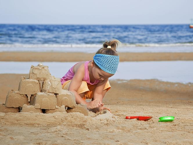 Alpha- bébête  Activites-jeux-plage-enfant