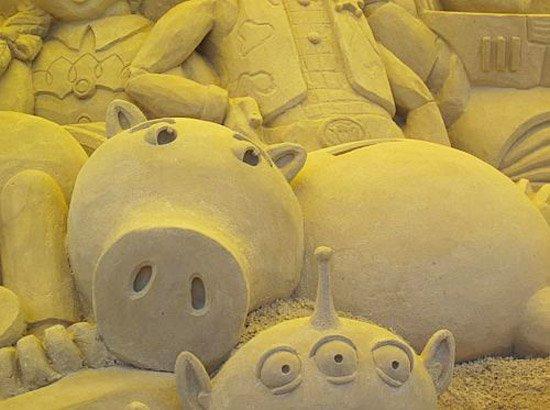 Bayonne toys story - Le cochon de toy story ...