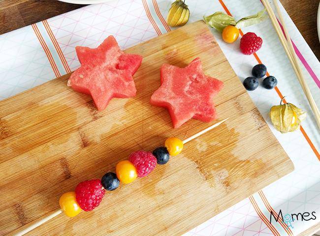 comment faire des brochettes de fruits