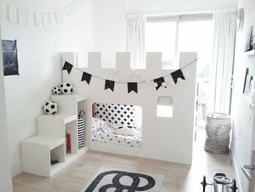 Les super transformations de lit pour enfant kura d 39 ikea for Chambre instagram