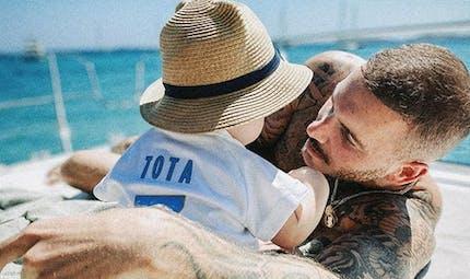 Matt Pokora papa : en quelle langue parle-t-il à son bébé ?
