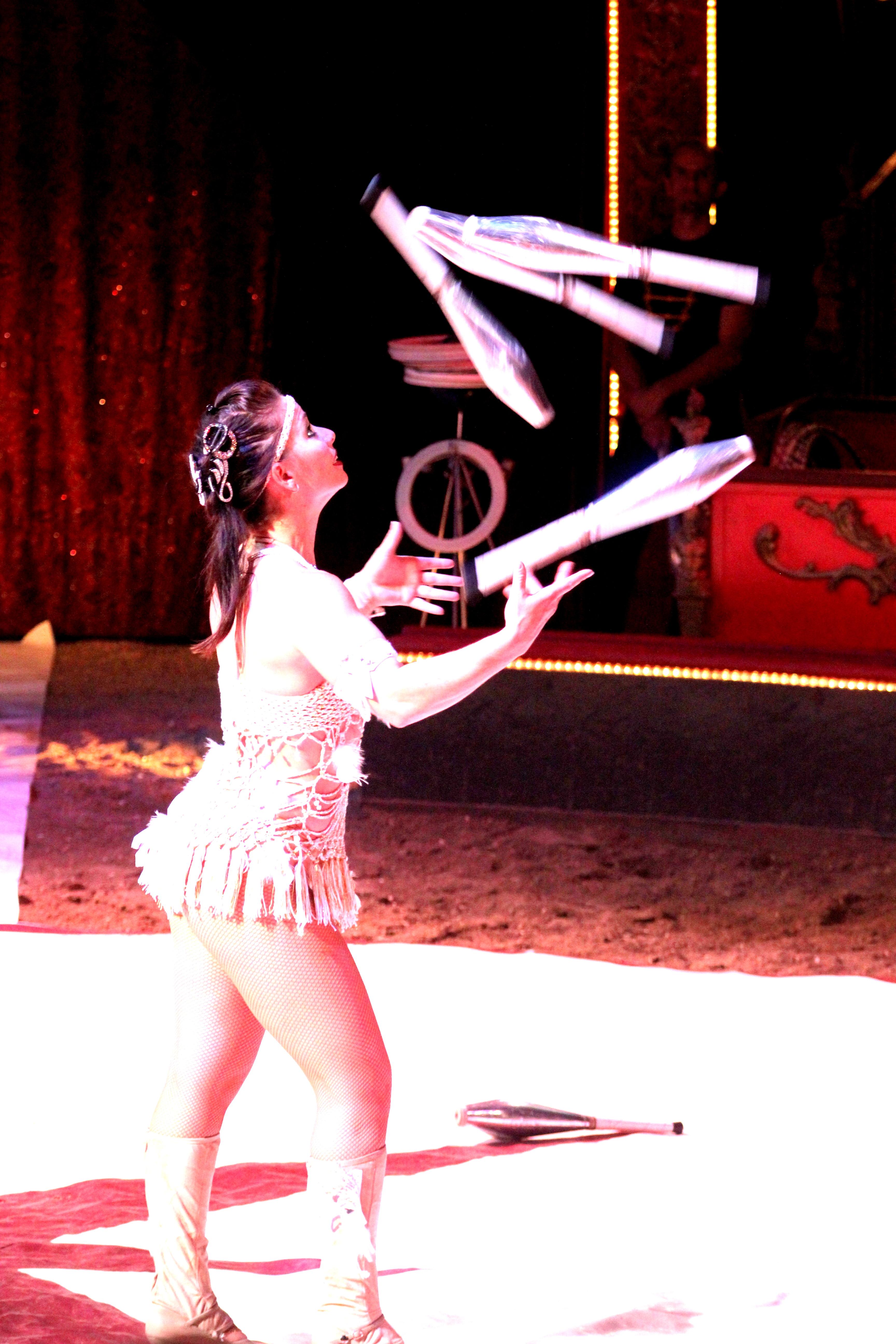 Cirque Diana Moreno