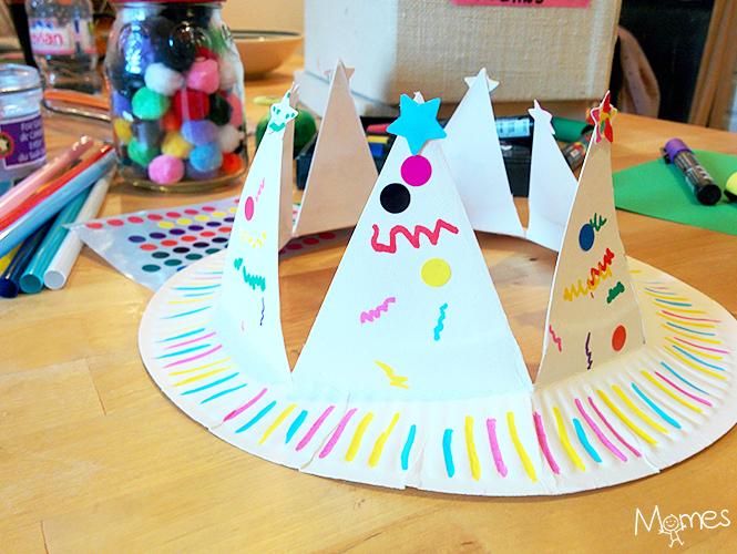 Fabriquer Une Couronne Avec Une Assiette En Carton Momes Net