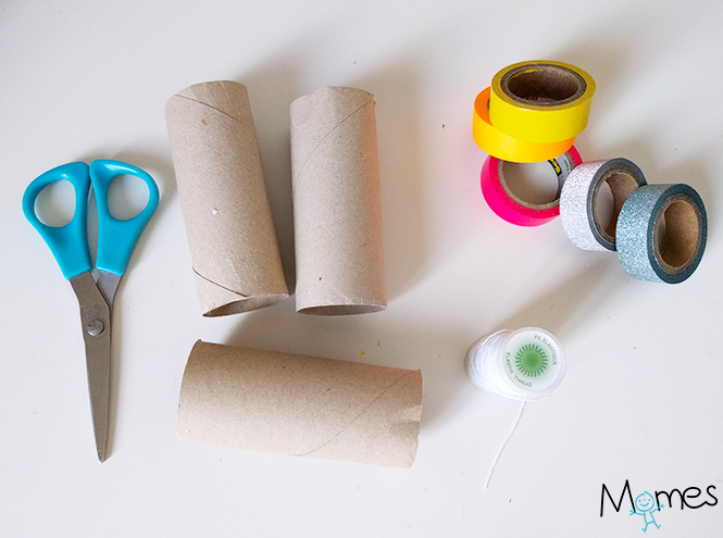 Couronne Avec Un Rouleau De Papier Toilette