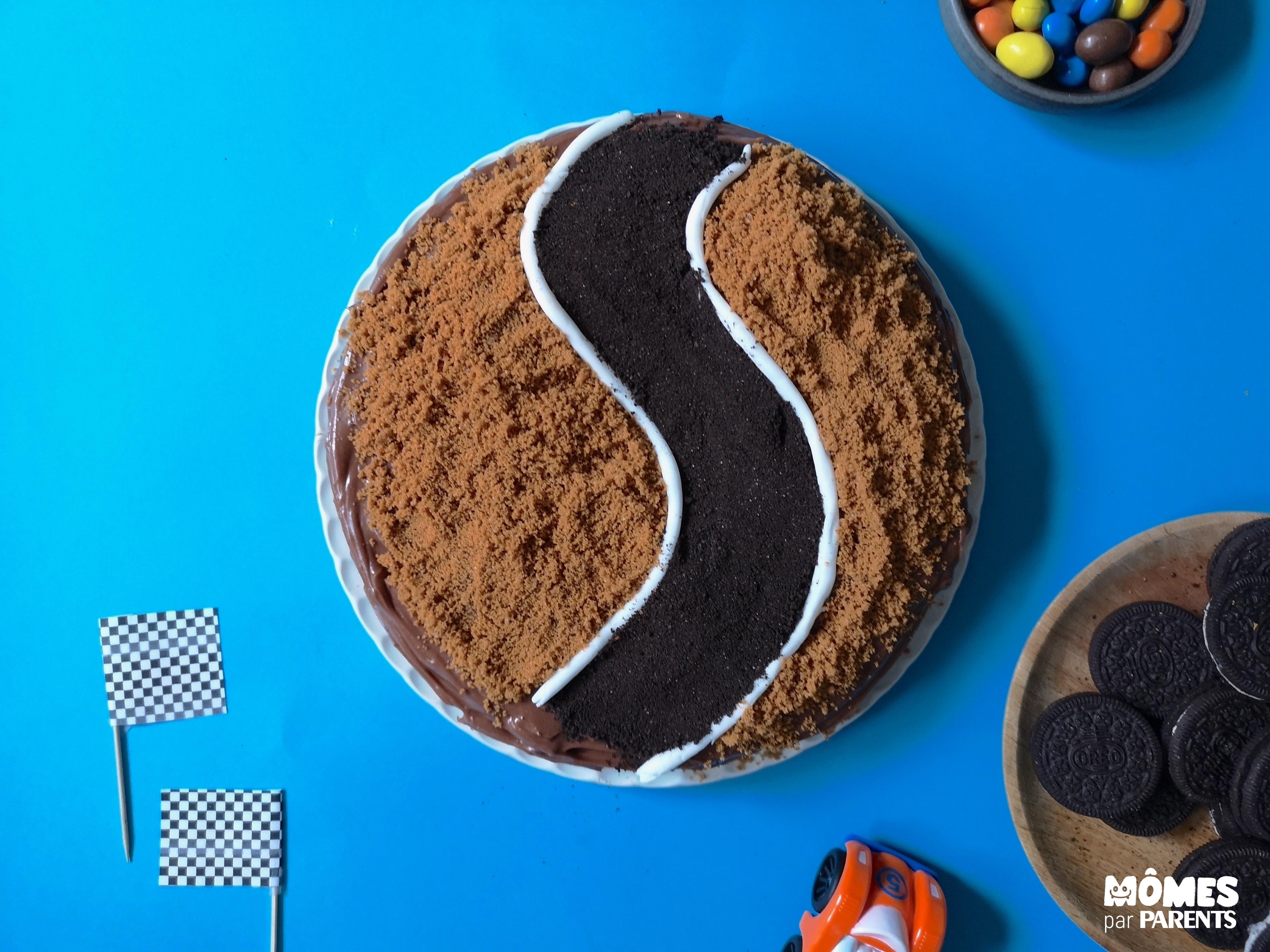 déco 2 gâteau voiture course