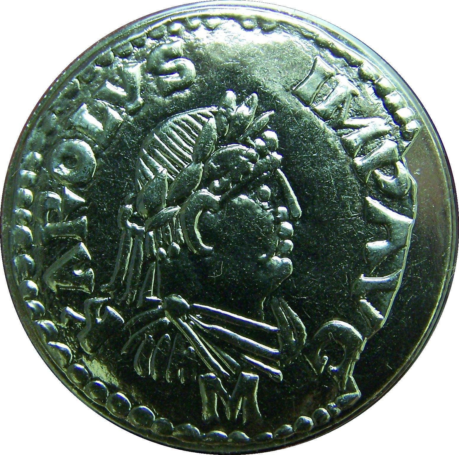 Denier impérial en argent de Charlemagne, inspiré des modèles numismatiques romains