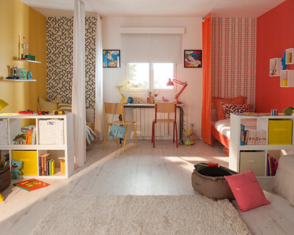 séparation chambre pour deux enfants avec des rideaux