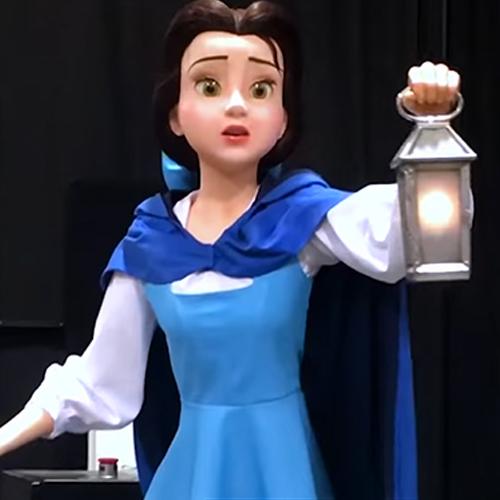 disneyland japon attraction la Belle et la Bête robots réalistes animatroniques