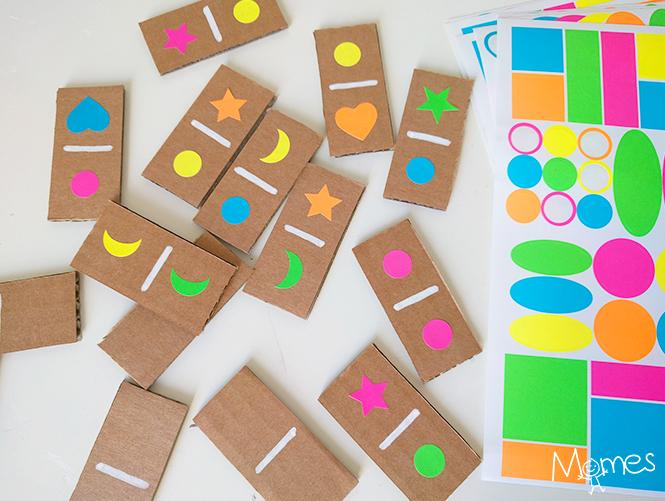 domino en carton