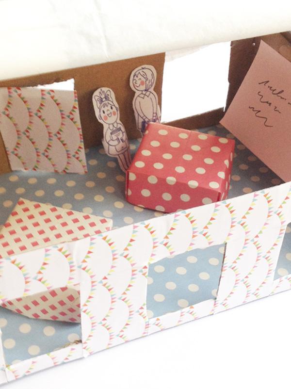 Fabriquer une école dans un carton