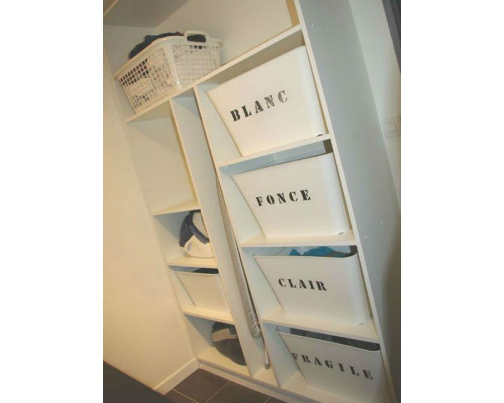 faire le tri jusque dans la buanderie. Black Bedroom Furniture Sets. Home Design Ideas