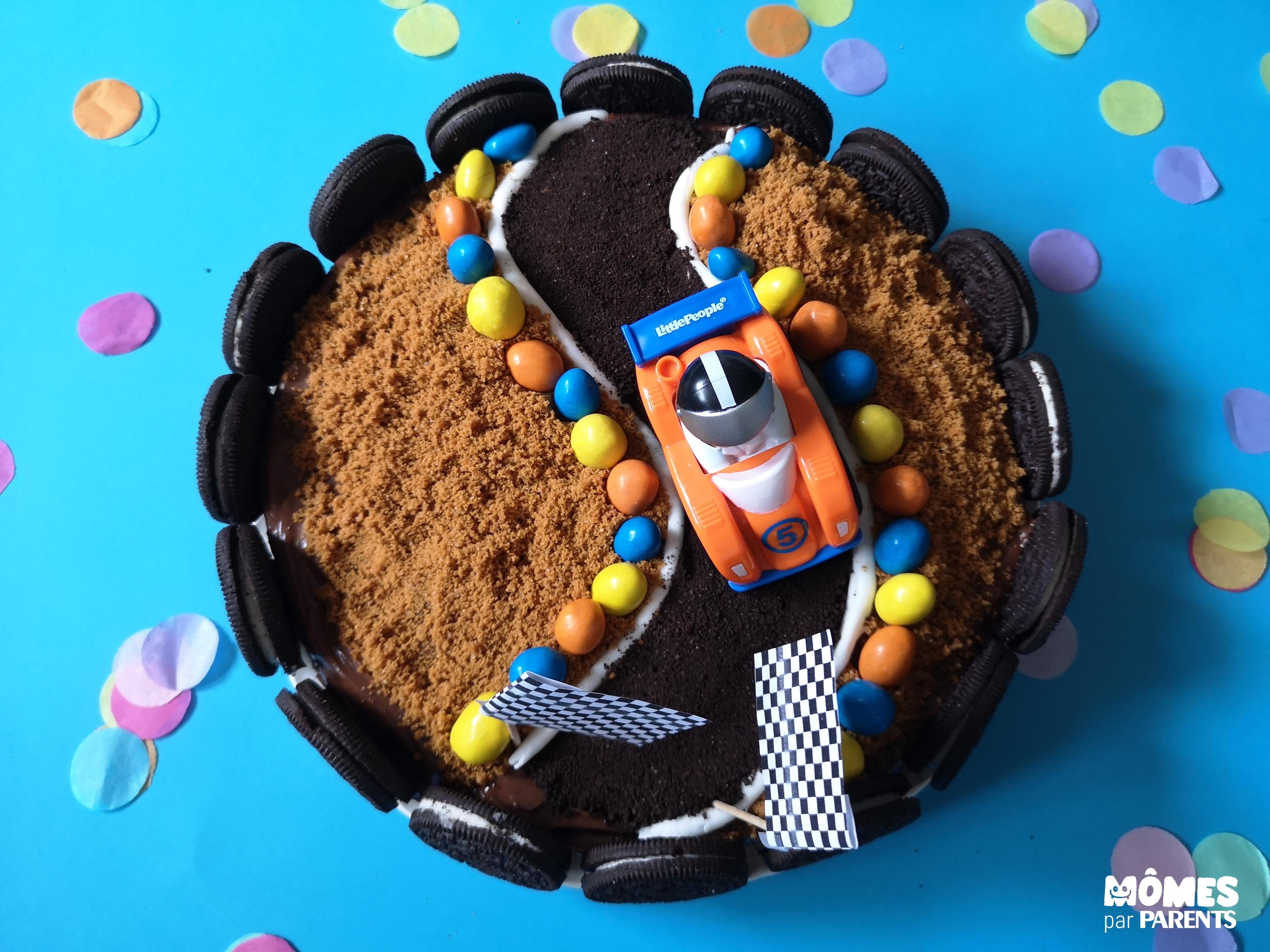 final gâteau voiture course