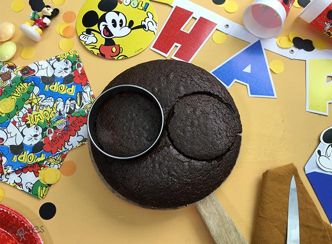 gâteau Mickey cuit découpé