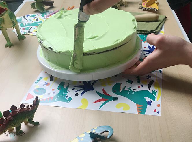 Glaçage gâteau Dino