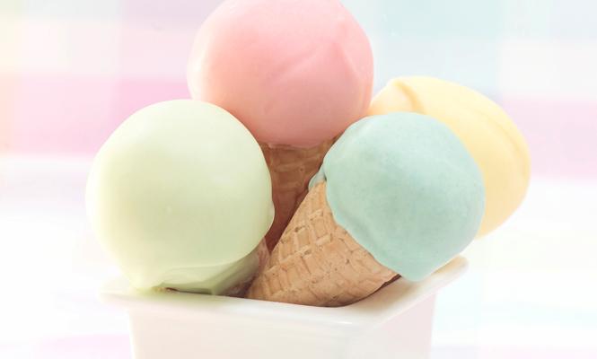 Glaces pastelles à la vanille
